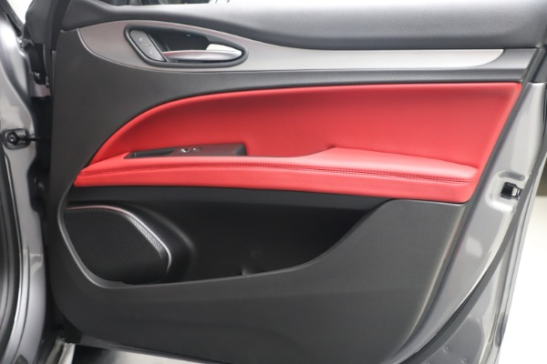 New 2020 Alfa Romeo Stelvio Ti Sport Q4 for sale $53,545 at Bugatti of Greenwich in Greenwich CT 06830 25