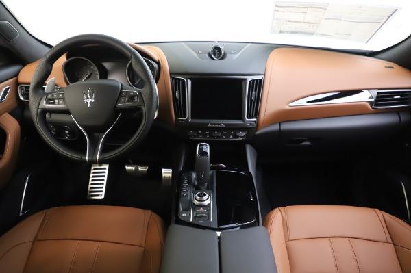 New 2020 Maserati Levante Q4 GranSport for sale $86,685 at Bugatti of Greenwich in Greenwich CT 06830 16