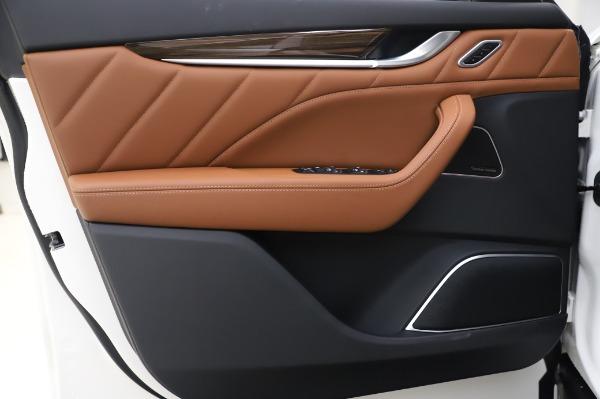 New 2020 Maserati Levante Q4 GranLusso for sale $87,449 at Bugatti of Greenwich in Greenwich CT 06830 17