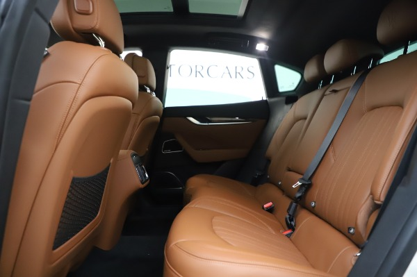 New 2020 Maserati Levante Q4 GranLusso for sale $87,449 at Bugatti of Greenwich in Greenwich CT 06830 20
