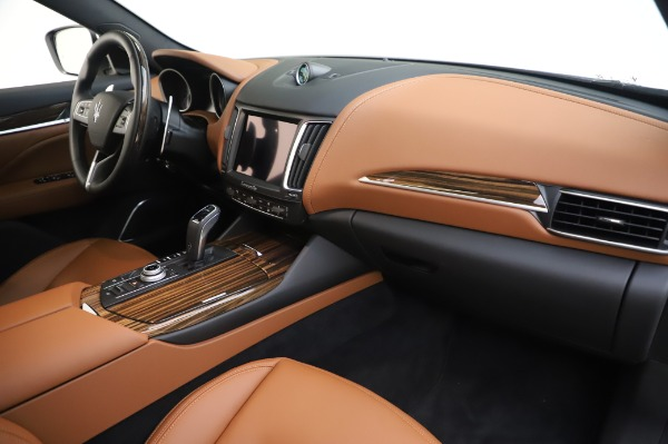 New 2020 Maserati Levante Q4 GranLusso for sale $87,449 at Bugatti of Greenwich in Greenwich CT 06830 25