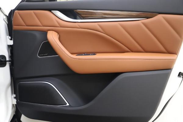 New 2020 Maserati Levante Q4 GranLusso for sale $87,449 at Bugatti of Greenwich in Greenwich CT 06830 26