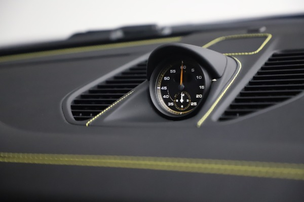 Used 2019 Porsche 911 GT2 RS for sale $316,900 at Bugatti of Greenwich in Greenwich CT 06830 25