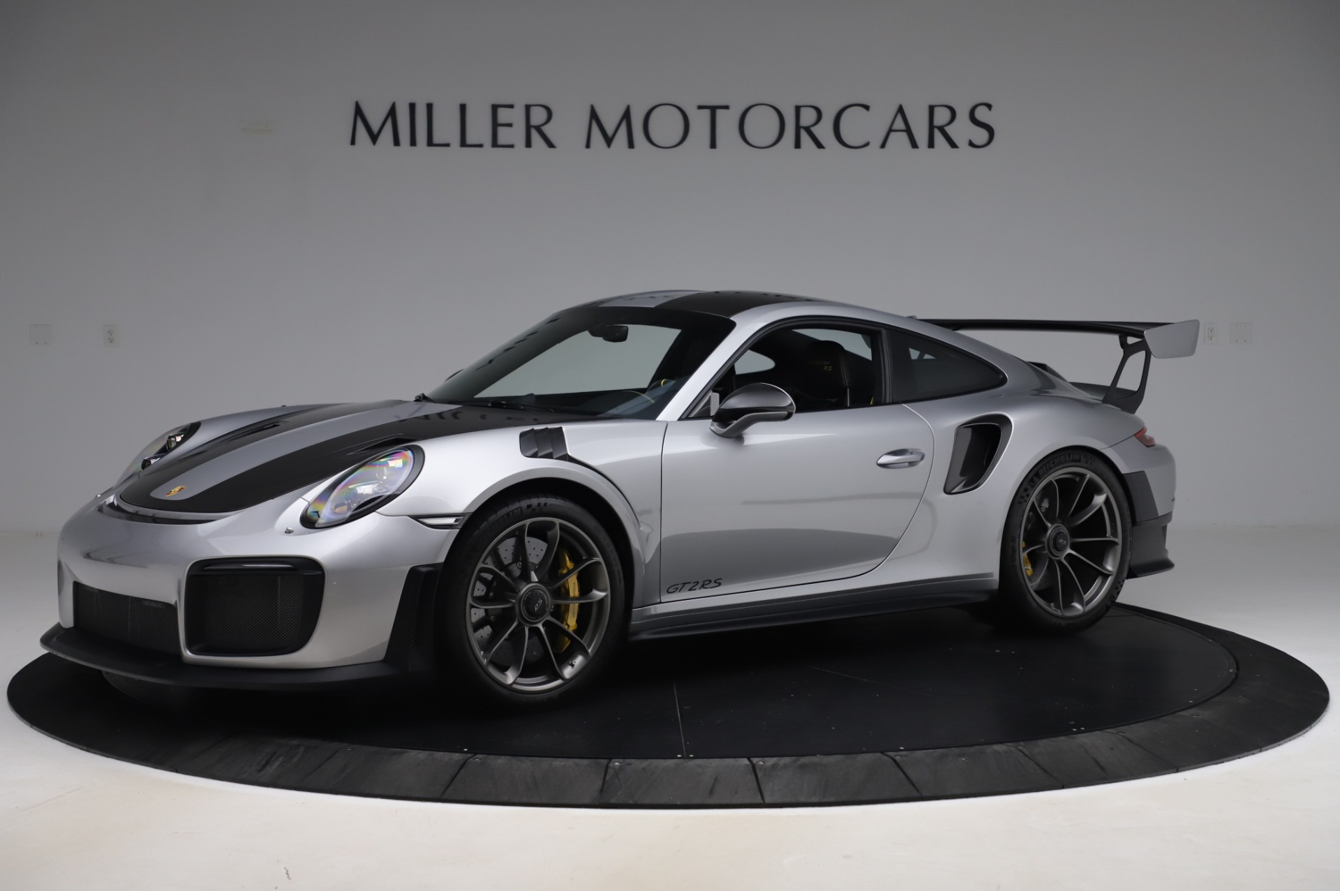 Used 2019 Porsche 911 GT2 RS for sale $316,900 at Bugatti of Greenwich in Greenwich CT 06830 1
