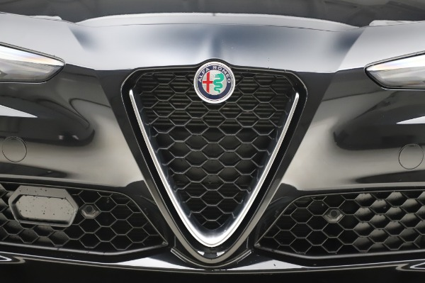 New 2020 Alfa Romeo Giulia Ti Lusso Q4 for sale $46,195 at Bugatti of Greenwich in Greenwich CT 06830 13