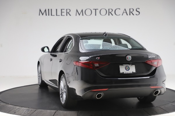 New 2020 Alfa Romeo Giulia Ti Lusso Q4 for sale $46,195 at Bugatti of Greenwich in Greenwich CT 06830 5