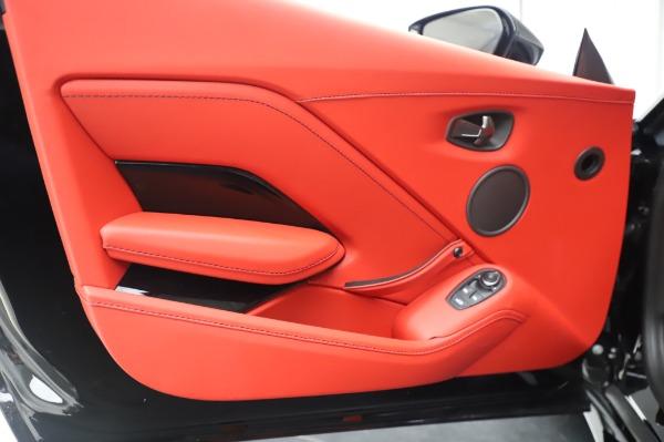 New 2020 Aston Martin Vantage Coupe for sale $185,181 at Bugatti of Greenwich in Greenwich CT 06830 16