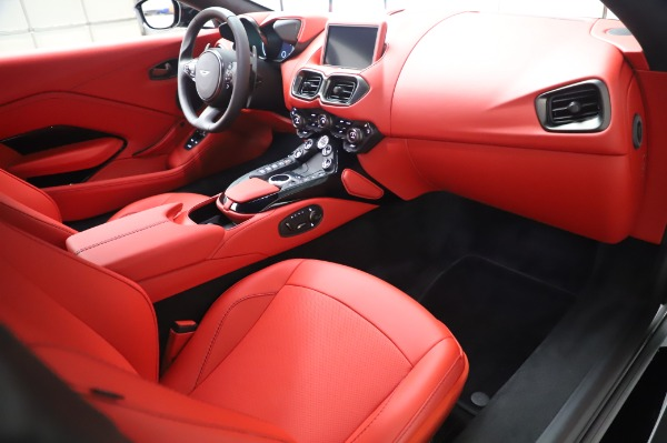 New 2020 Aston Martin Vantage Coupe for sale $185,181 at Bugatti of Greenwich in Greenwich CT 06830 17
