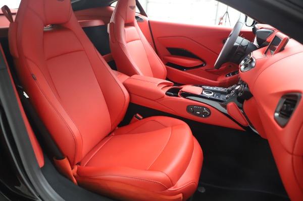 New 2020 Aston Martin Vantage Coupe for sale $185,181 at Bugatti of Greenwich in Greenwich CT 06830 19