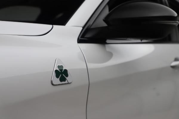 New 2020 Alfa Romeo Stelvio Quadrifoglio for sale $90,945 at Bugatti of Greenwich in Greenwich CT 06830 16