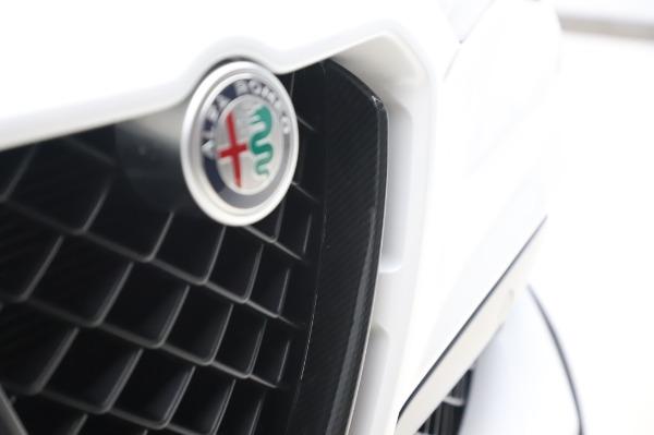 New 2020 Alfa Romeo Stelvio Quadrifoglio for sale $89,145 at Bugatti of Greenwich in Greenwich CT 06830 14