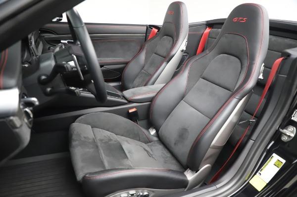 Used 2018 Porsche 911 Carrera 4 GTS for sale $137,900 at Bugatti of Greenwich in Greenwich CT 06830 15