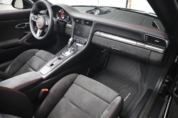 Used 2018 Porsche 911 Carrera 4 GTS for sale $137,900 at Bugatti of Greenwich in Greenwich CT 06830 19