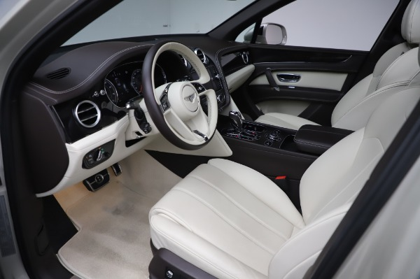 Used 2018 Bentley Bentayga Onyx Edition for sale $159,900 at Bugatti of Greenwich in Greenwich CT 06830 17