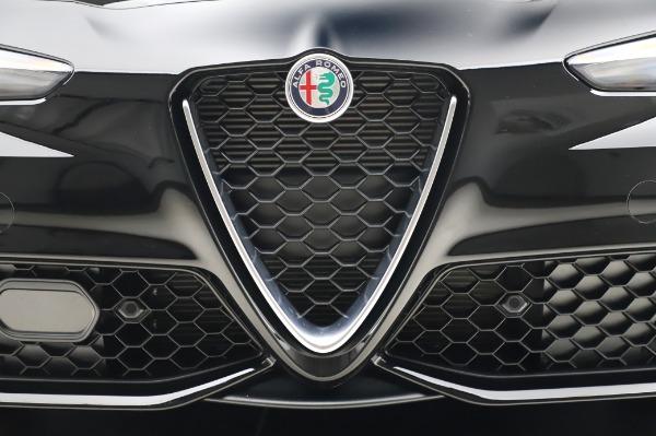 New 2020 Alfa Romeo Giulia Sport Q4 for sale $48,895 at Bugatti of Greenwich in Greenwich CT 06830 13
