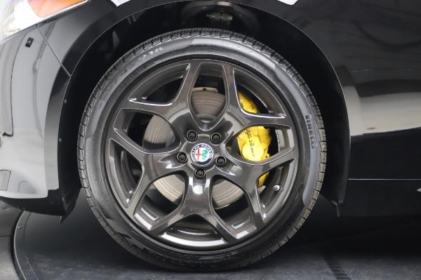 New 2020 Alfa Romeo Giulia Sport Q4 for sale $48,895 at Bugatti of Greenwich in Greenwich CT 06830 14