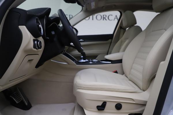 New 2020 Alfa Romeo Stelvio Ti Lusso Q4 for sale Sold at Bugatti of Greenwich in Greenwich CT 06830 16