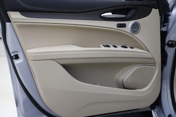 New 2020 Alfa Romeo Stelvio Ti Lusso Q4 for sale Sold at Bugatti of Greenwich in Greenwich CT 06830 18