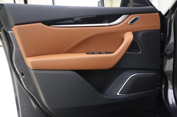New 2020 Maserati Levante Q4 for sale $84,499 at Bugatti of Greenwich in Greenwich CT 06830 17