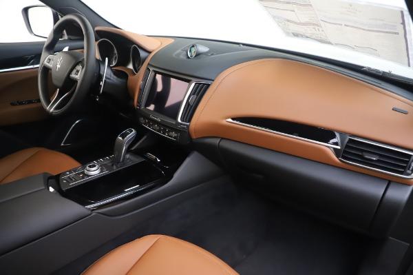 New 2020 Maserati Levante Q4 for sale $84,499 at Bugatti of Greenwich in Greenwich CT 06830 24
