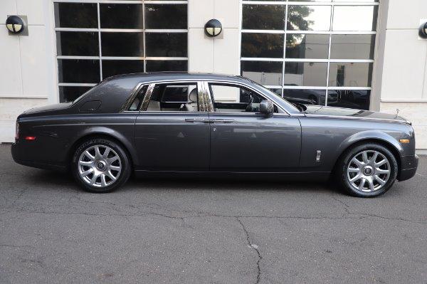 Used 2014 Rolls-Royce Phantom for sale $219,900 at Bugatti of Greenwich in Greenwich CT 06830 11