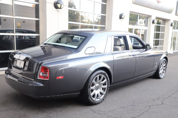 Used 2014 Rolls-Royce Phantom for sale $219,900 at Bugatti of Greenwich in Greenwich CT 06830 12