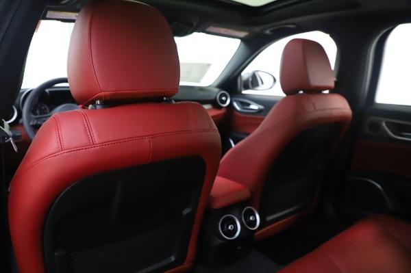 New 2020 Alfa Romeo Giulia Ti Sport Q4 for sale $46,495 at Bugatti of Greenwich in Greenwich CT 06830 20