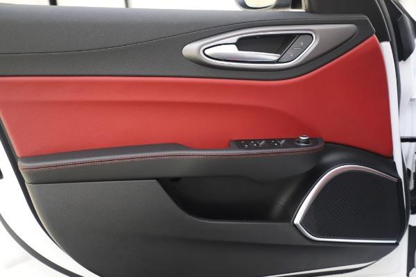 New 2020 Alfa Romeo Giulia Ti Sport Q4 for sale $46,495 at Bugatti of Greenwich in Greenwich CT 06830 21