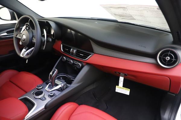 New 2020 Alfa Romeo Giulia Ti Sport Q4 for sale $46,495 at Bugatti of Greenwich in Greenwich CT 06830 24