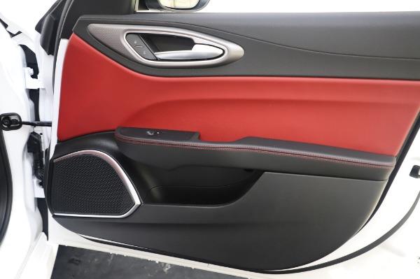 New 2020 Alfa Romeo Giulia Ti Sport Q4 for sale $46,495 at Bugatti of Greenwich in Greenwich CT 06830 25