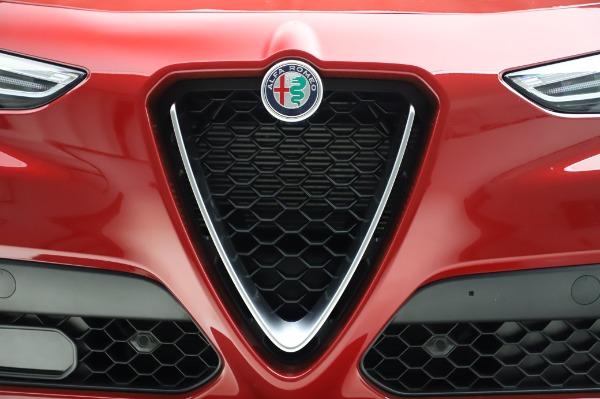 New 2020 Alfa Romeo Stelvio Ti Lusso Q4 for sale Sold at Bugatti of Greenwich in Greenwich CT 06830 13