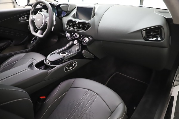 Used 2020 Aston Martin Vantage Coupe for sale $149,800 at Bugatti of Greenwich in Greenwich CT 06830 17