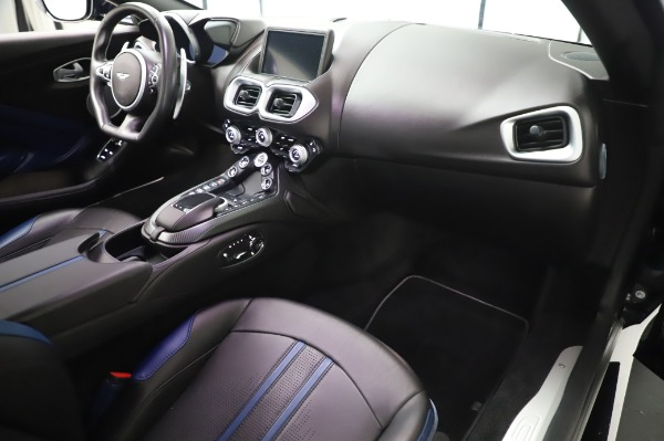 Used 2019 Aston Martin Vantage for sale $127,900 at Bugatti of Greenwich in Greenwich CT 06830 18