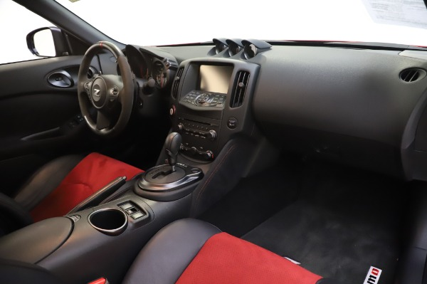 Used 2018 Nissan 370Z NISMO Tech for sale $39,900 at Bugatti of Greenwich in Greenwich CT 06830 21