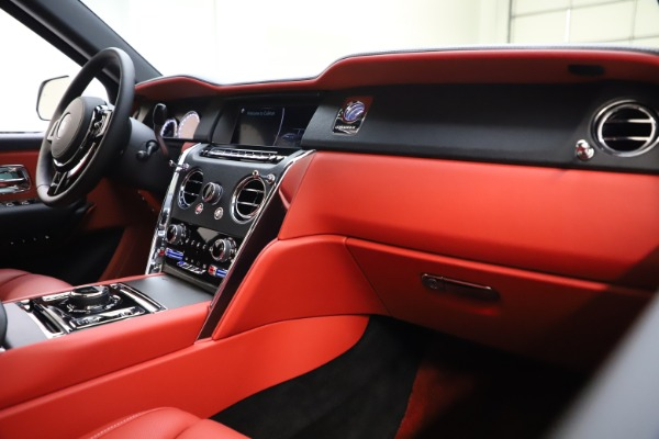 Used 2021 Rolls-Royce Cullinan for sale Call for price at Bugatti of Greenwich in Greenwich CT 06830 16