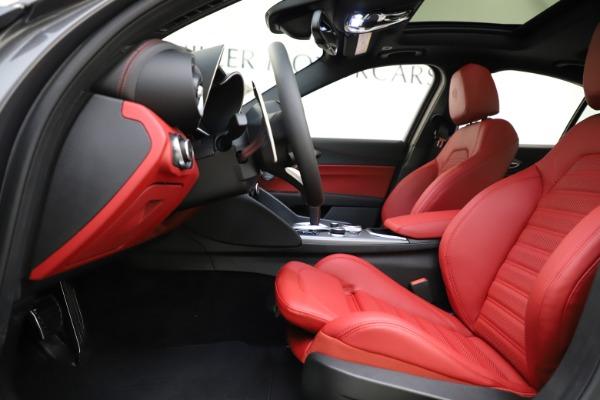 New 2020 Alfa Romeo Giulia Ti Sport Q4 for sale $48,595 at Bugatti of Greenwich in Greenwich CT 06830 14