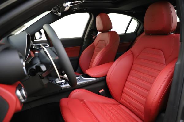 New 2020 Alfa Romeo Giulia Ti Sport Q4 for sale $48,595 at Bugatti of Greenwich in Greenwich CT 06830 15