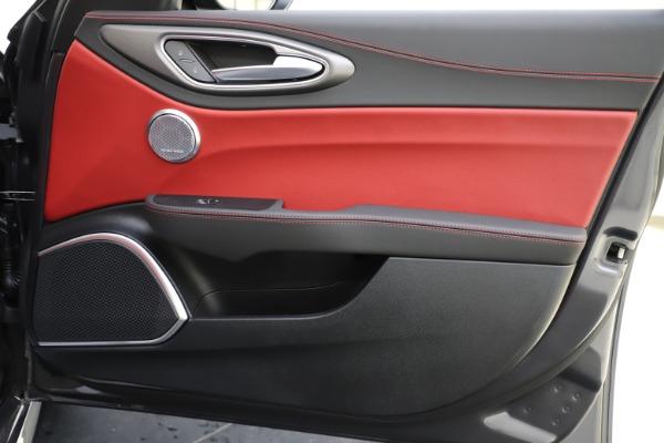 New 2020 Alfa Romeo Giulia Ti Sport Q4 for sale $48,595 at Bugatti of Greenwich in Greenwich CT 06830 25