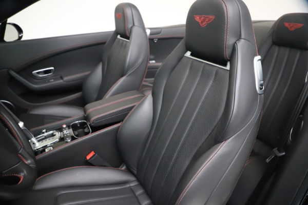 Used 2014 Bentley Continental GT Convertible V8 S for sale $109,900 at Bugatti of Greenwich in Greenwich CT 06830 26
