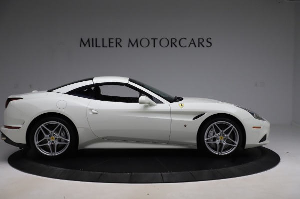 Used 2016 Ferrari California T for sale Sold at Bugatti of Greenwich in Greenwich CT 06830 18