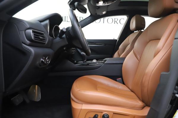 Used 2017 Maserati Levante Q4 for sale $51,900 at Bugatti of Greenwich in Greenwich CT 06830 15