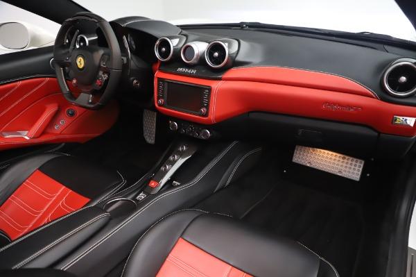 Used 2015 Ferrari California T for sale $159,900 at Bugatti of Greenwich in Greenwich CT 06830 21