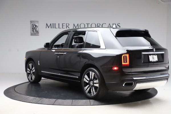 Used 2019 Rolls-Royce Cullinan for sale $349,900 at Bugatti of Greenwich in Greenwich CT 06830 4