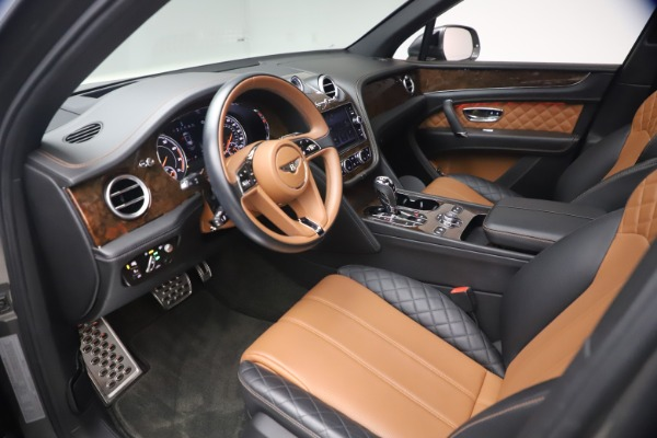 Used 2018 Bentley Bentayga Activity Edition for sale $156,900 at Bugatti of Greenwich in Greenwich CT 06830 17