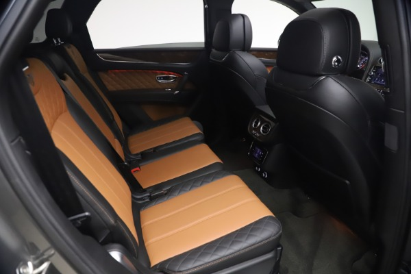 Used 2018 Bentley Bentayga Activity Edition for sale $156,900 at Bugatti of Greenwich in Greenwich CT 06830 25