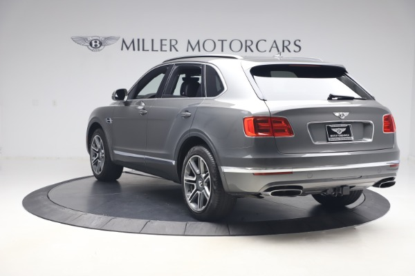 Used 2018 Bentley Bentayga Activity Edition for sale $156,900 at Bugatti of Greenwich in Greenwich CT 06830 5