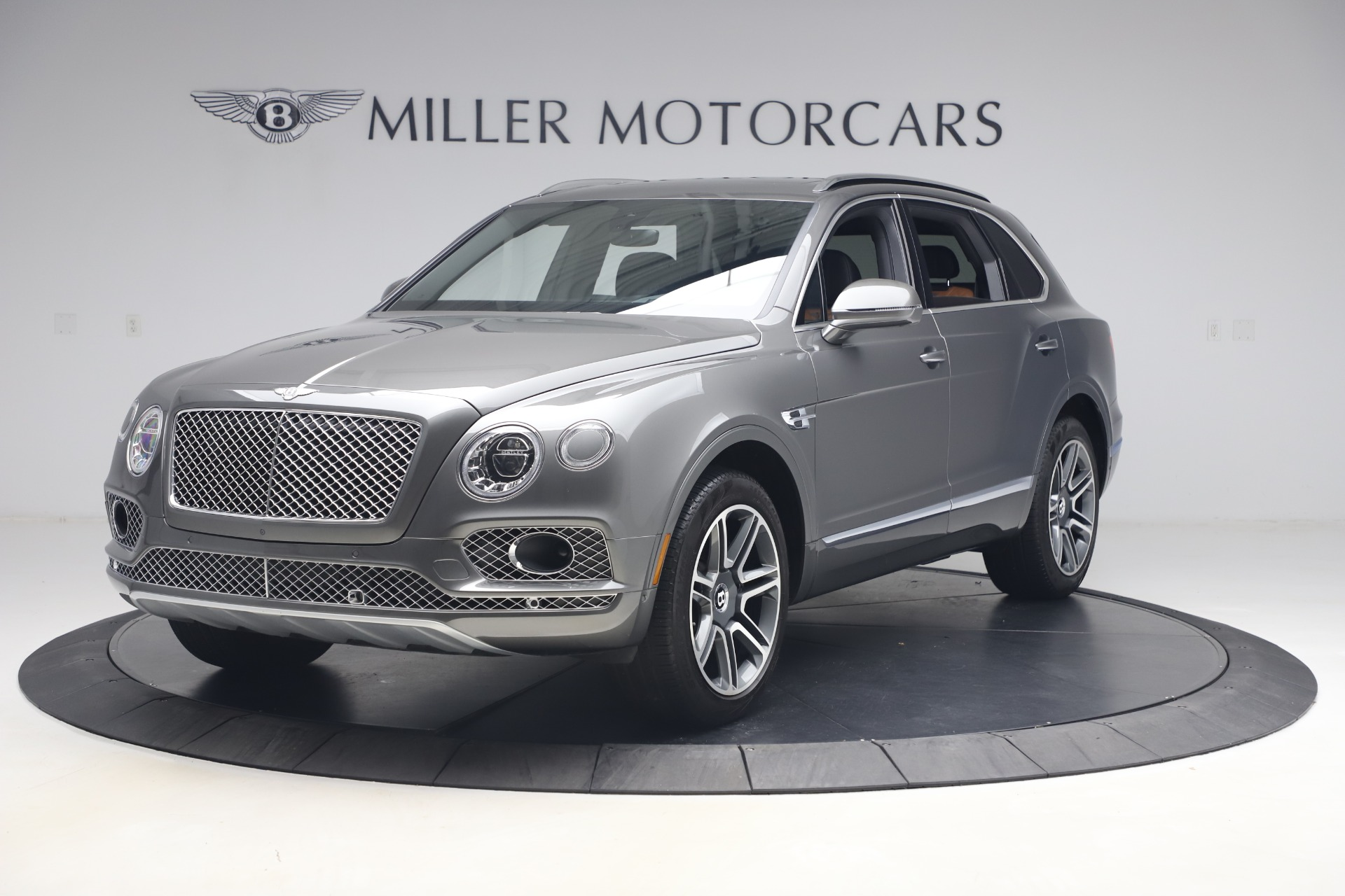 Used 2018 Bentley Bentayga Activity Edition for sale $156,900 at Bugatti of Greenwich in Greenwich CT 06830 1