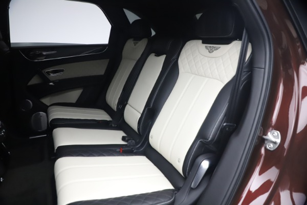 Used 2020 Bentley Bentayga V8 for sale $186,900 at Bugatti of Greenwich in Greenwich CT 06830 23