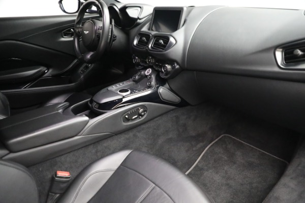Used 2019 Aston Martin Vantage for sale $126,900 at Bugatti of Greenwich in Greenwich CT 06830 18