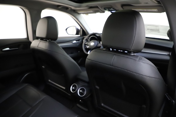 New 2020 Alfa Romeo Stelvio Ti Q4 for sale $52,445 at Bugatti of Greenwich in Greenwich CT 06830 26